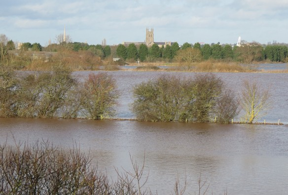 The Severn flooding & Worcester Cathedral