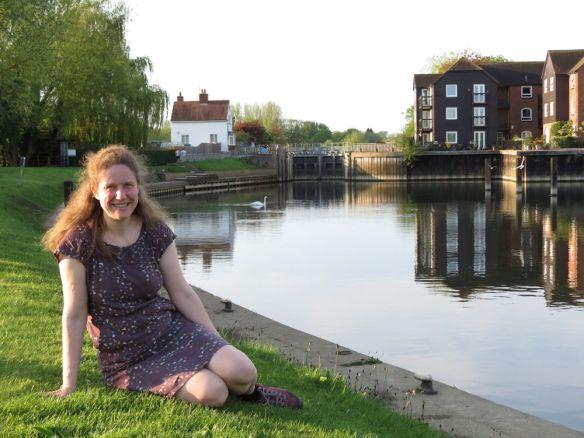 Jen at Sandford Lock on the river Thames