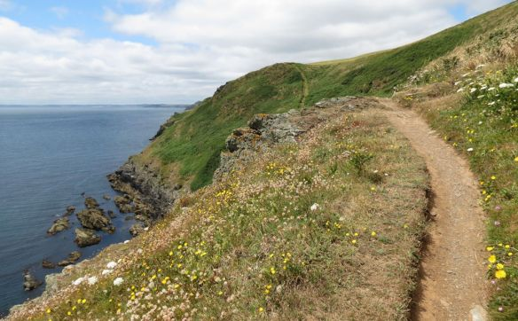 The coast path west of Looe